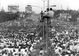 edsa_revolution_pic1 - Remembering EDSA Today - Philippine Laws